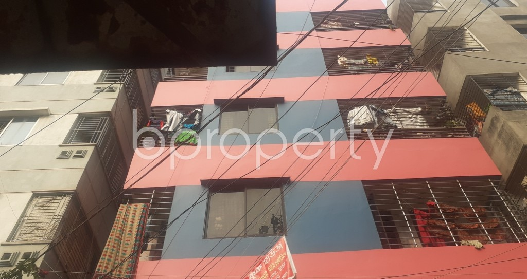 Front view - 3 Bed Apartment to Rent in Mohammadpur, Dhaka - 1979026