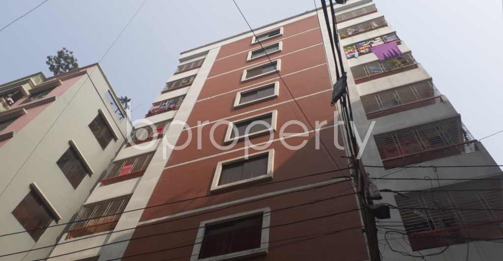 Front view - 3 Bed Apartment to Rent in Mohammadpur, Dhaka - 1979144