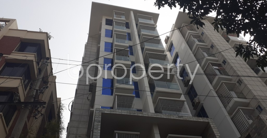 Outside view - 3 Bed Apartment to Rent in Lalmatia, Dhaka - 1980445