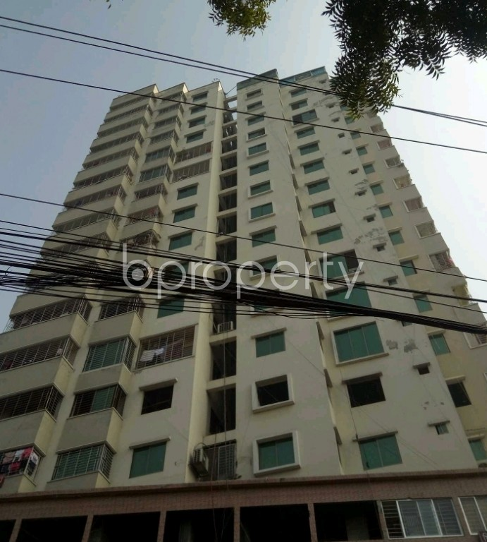 Front view - 3 Bed Apartment to Rent in Lalbagh, Dhaka - 1982464