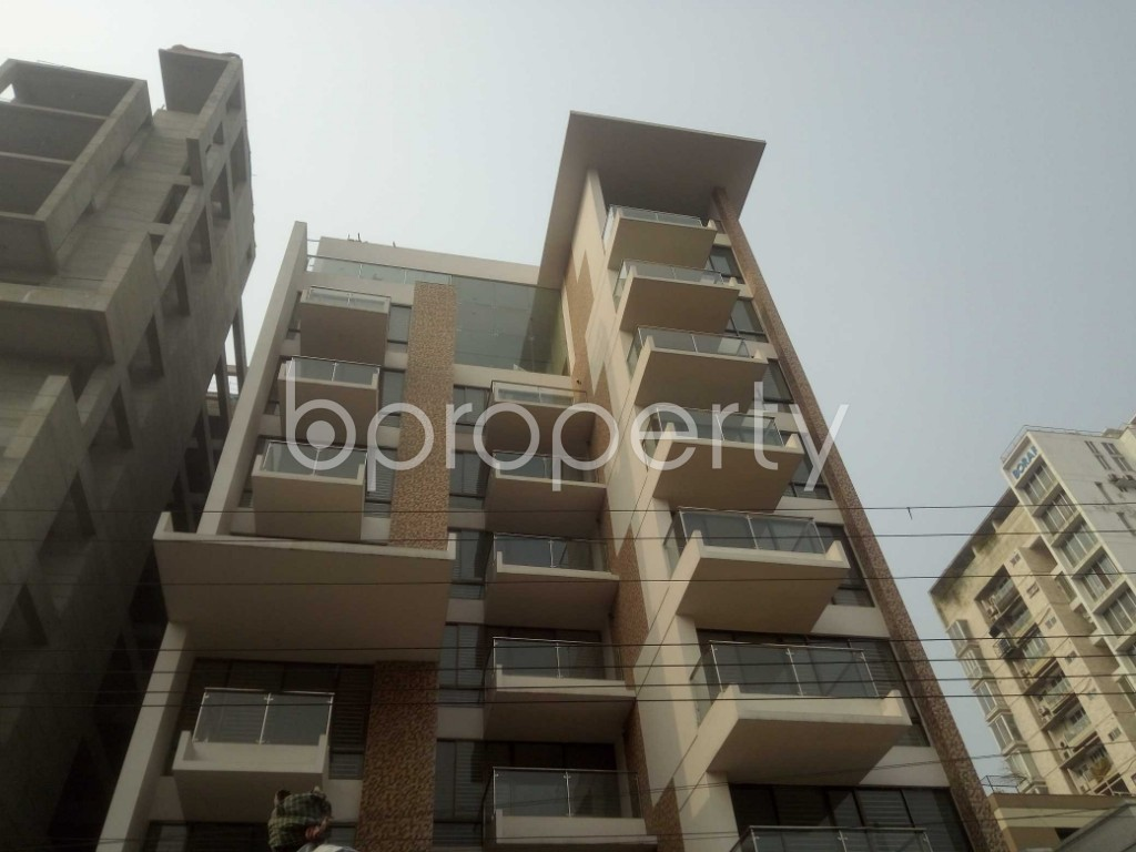 Outside view - 4 Bed Apartment to Rent in Baridhara, Dhaka - 1983892