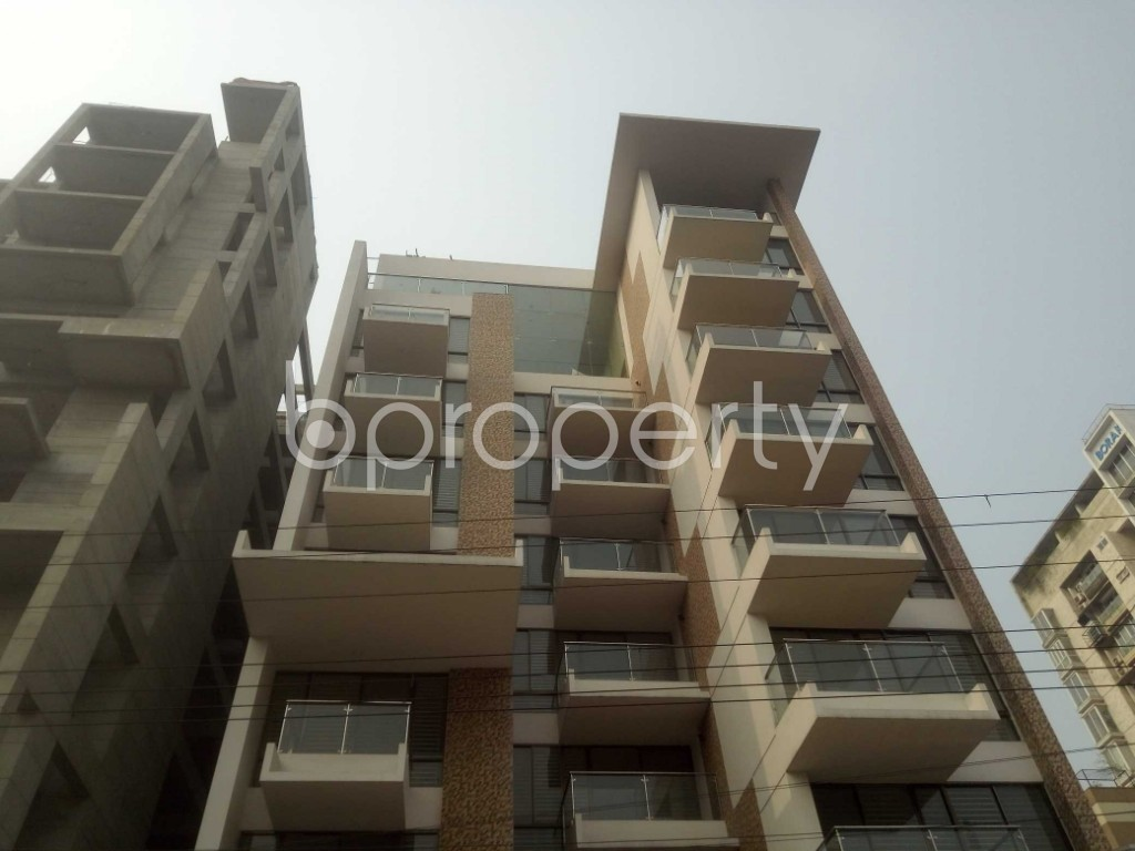 Outside view - 4 Bed Apartment to Rent in Baridhara, Dhaka - 1983893