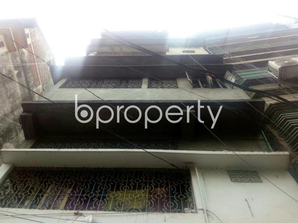 Image 1 - Shop to Rent in Bangshal, Dhaka - 1980323