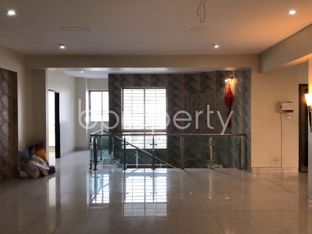 Empty Room - 4 Bed Duplex for Sale in Banani, Dhaka - 1927440