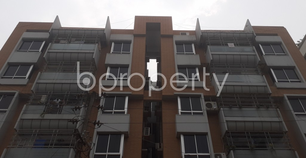 Front view - 3 Bed Apartment for Sale in Dhanmondi, Dhaka - 1988191