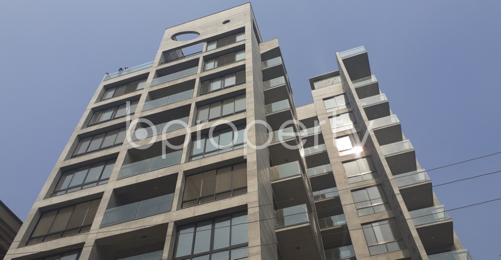 Front view - 3 Bed Apartment for Sale in Gulshan, Dhaka - 1988430