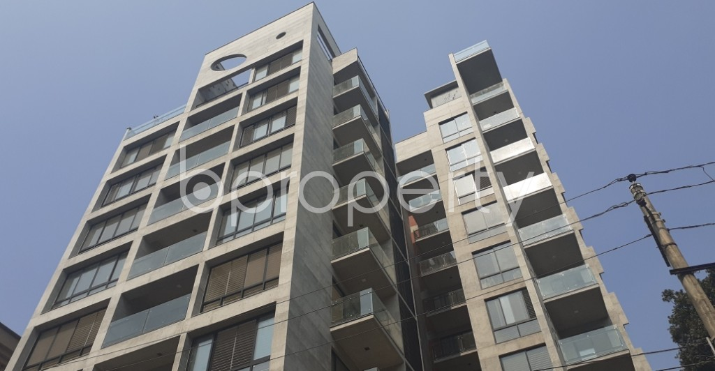 Front view - 3 Bed Apartment for Sale in Gulshan, Dhaka - 1988446