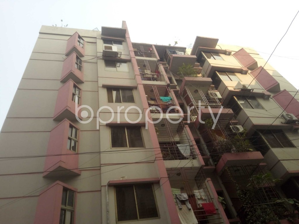 Outside view - 3 Bed Apartment for Sale in Baridhara, Dhaka - 1990959