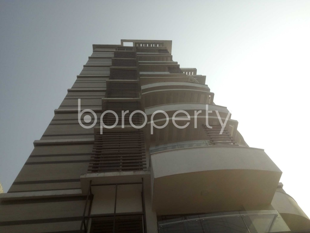 Outside view - 4 Bed Apartment to Rent in Baridhara, Dhaka - 1991279