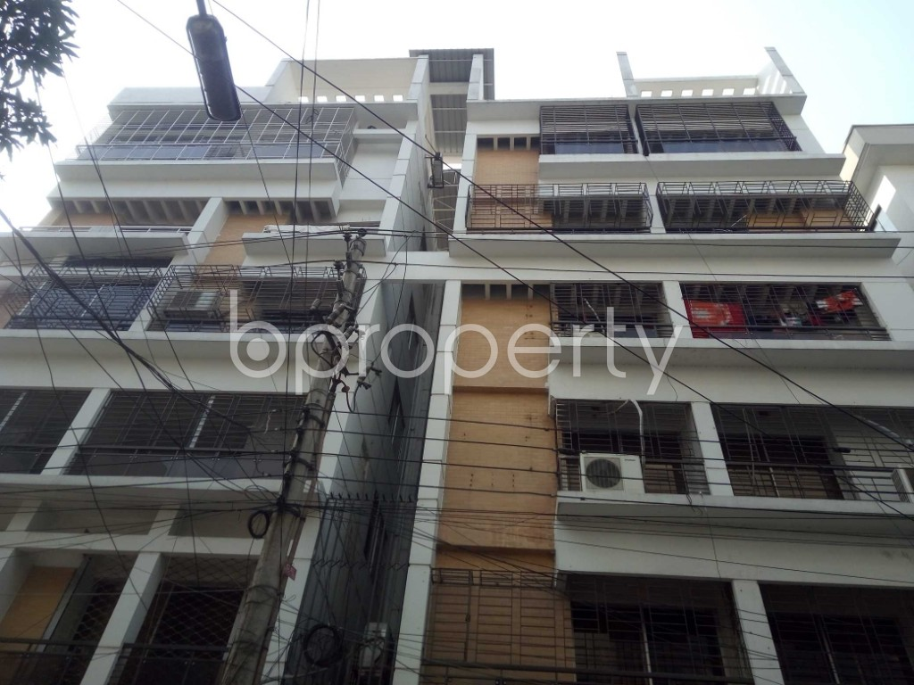 Front view - 3 Bed Apartment to Rent in Gulshan, Dhaka - 1991286