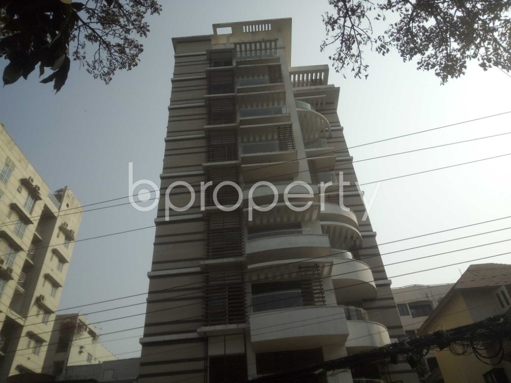 Outside view - 4 Bed Apartment to Rent in Baridhara, Dhaka - 1991285
