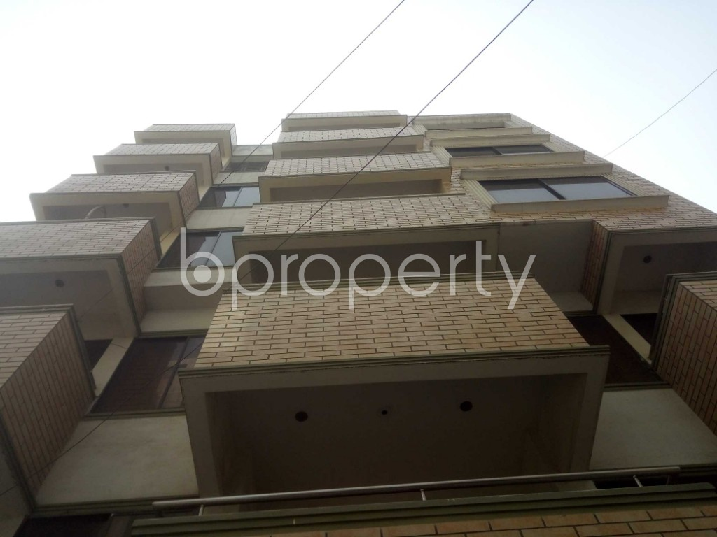 Outside view - 3 Bed Apartment to Rent in Baridhara, Dhaka - 1991336