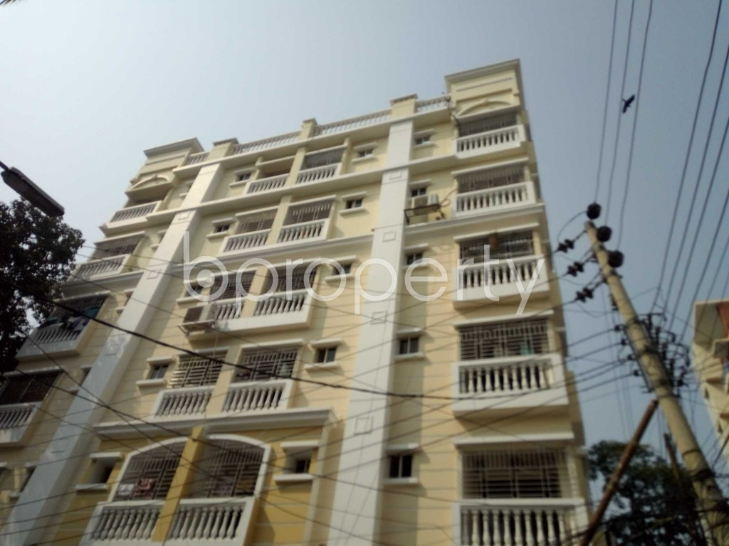 Outside view - 3 Bed Apartment to Rent in Banani, Dhaka - 1991459