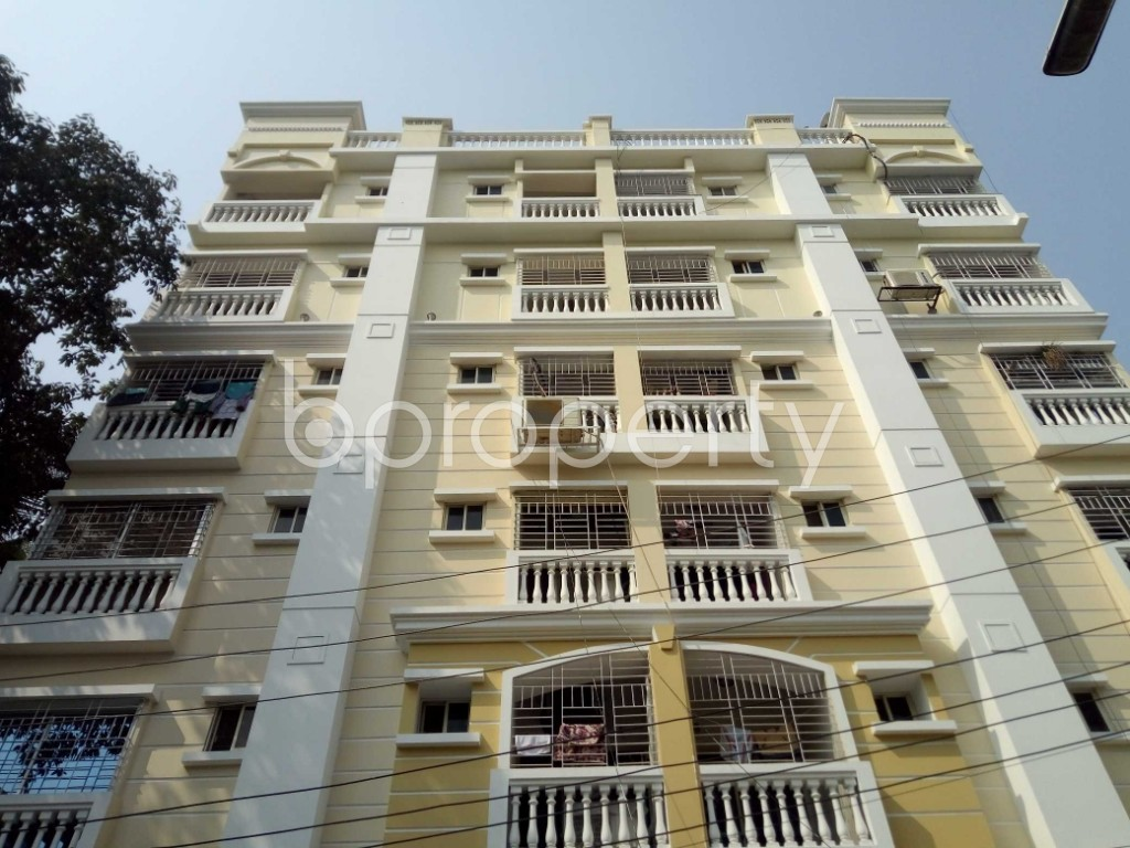 Outside view - 3 Bed Apartment to Rent in Banani, Dhaka - 1991460