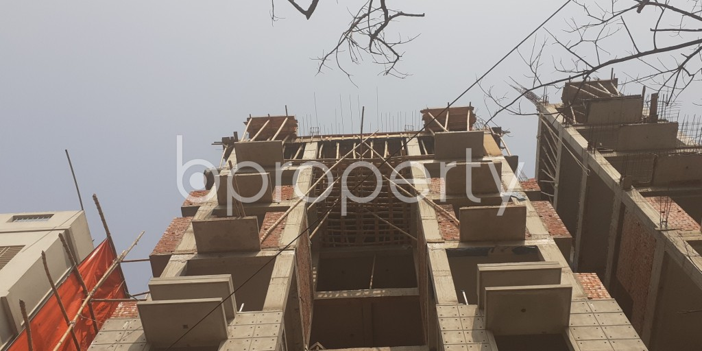 Front view - 4 Bed Apartment for Sale in Bashundhara R-A, Dhaka - 1991634