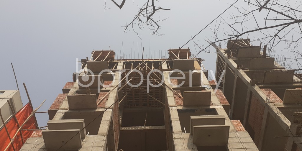 Front view - 4 Bed Apartment for Sale in Bashundhara R-A, Dhaka - 1991635
