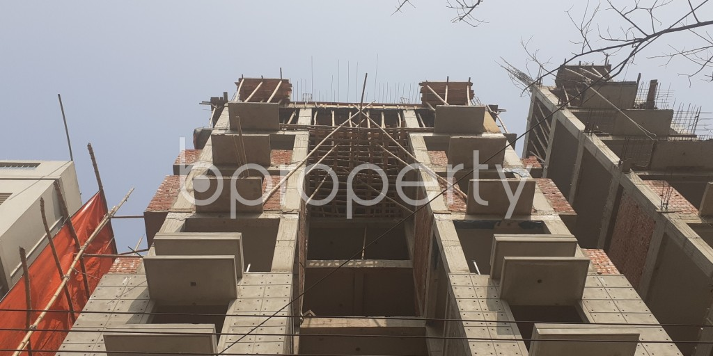 Front view - 4 Bed Apartment for Sale in Bashundhara R-A, Dhaka - 1991636