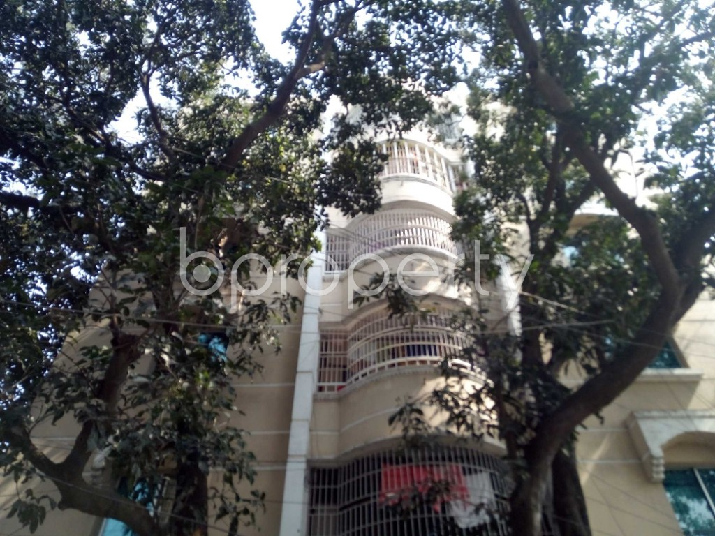 Outside view - 3 Bed Apartment to Rent in Banani, Dhaka - 1991639