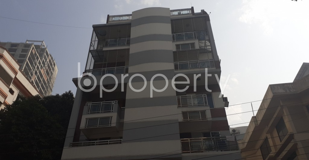 Front view - 3 Bed Apartment for Sale in Gulshan, Dhaka - 1992051