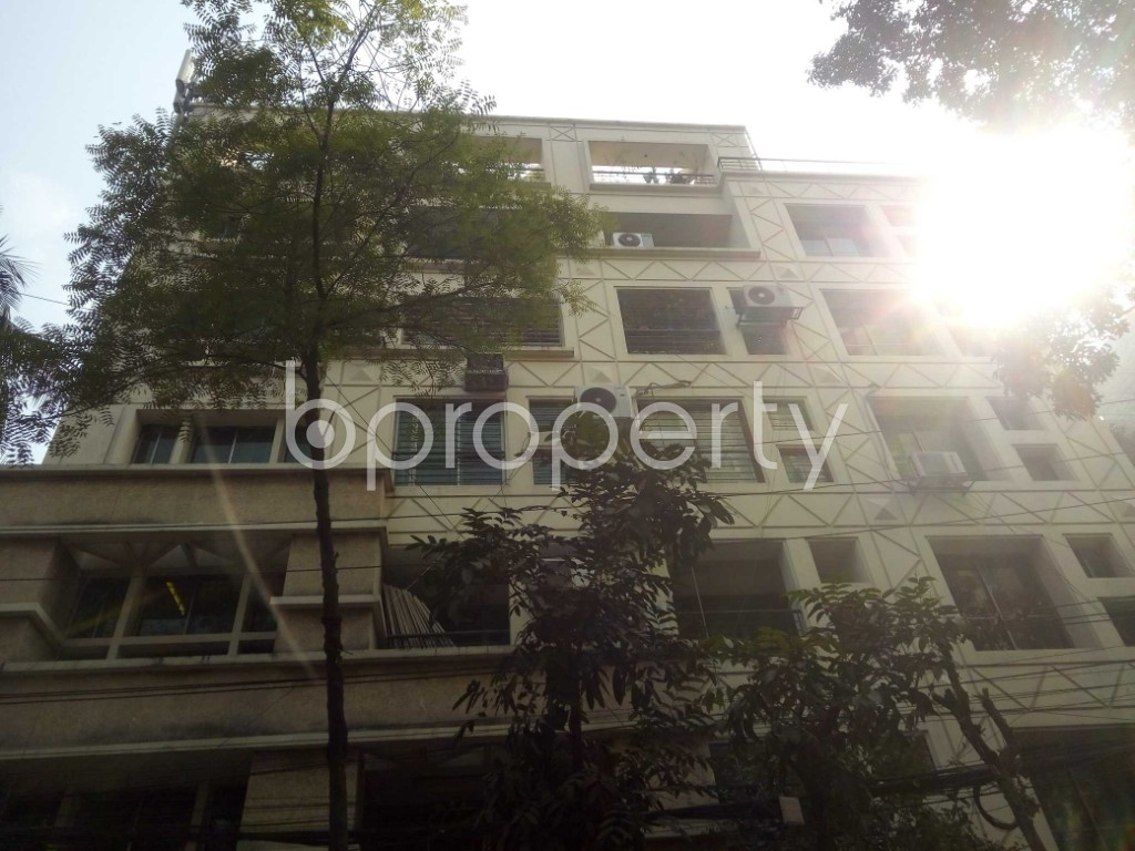 Front view - 3 Bed Apartment to Rent in Gulshan, Dhaka - 1992055