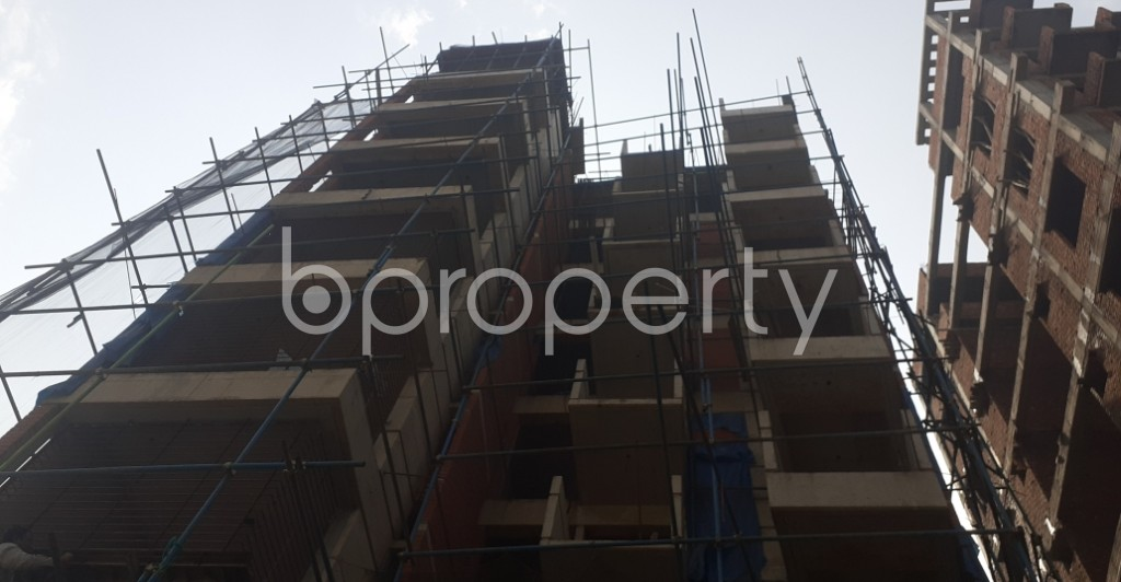 Front view - 3 Bed Apartment for Sale in Bashundhara R-A, Dhaka - 1992549
