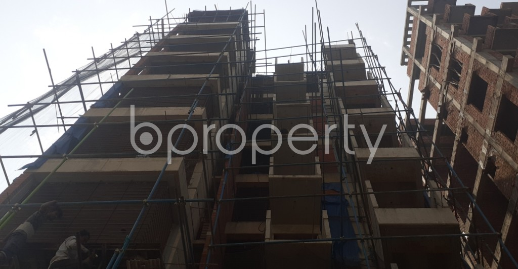 Front view - 3 Bed Apartment for Sale in Bashundhara R-A, Dhaka - 1992550