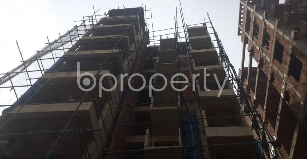 Front view - 3 Bed Apartment for Sale in Bashundhara R-A, Dhaka - 1992552