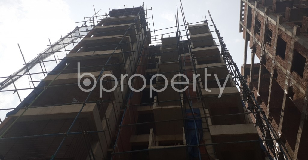 Front view - 3 Bed Apartment for Sale in Bashundhara R-A, Dhaka - 1992553