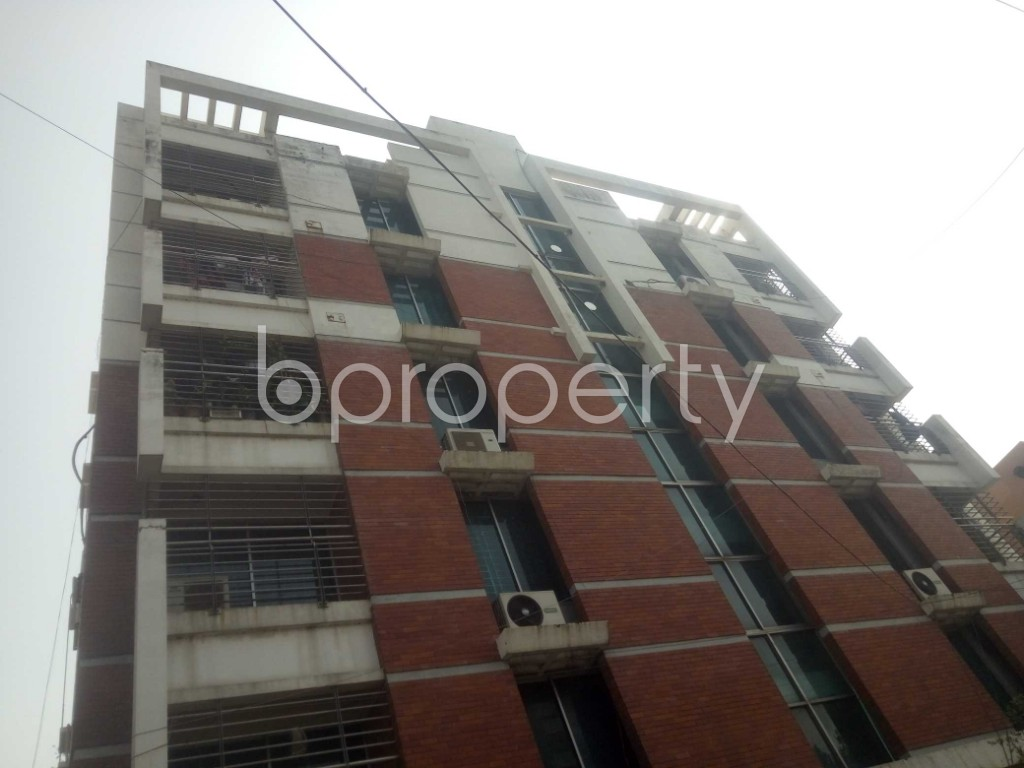 Outside view - 3 Bed Apartment to Rent in Baridhara, Dhaka - 1992863