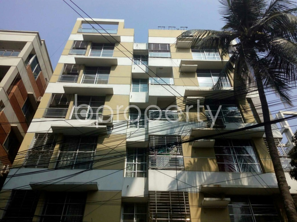 Outside view - 3 Bed Apartment to Rent in Banani, Dhaka - 1993247