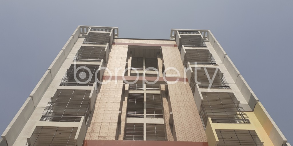 Front view - 3 Bed Apartment for Sale in Bashundhara R-A, Dhaka - 1993449