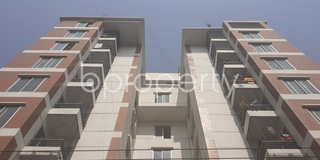 Front view - 3 Bed Apartment for Sale in Bashundhara R-A, Dhaka - 1993870