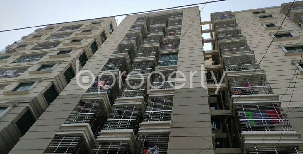 Front view - 3 Bed Apartment to Rent in Dhanmondi, Dhaka - 1994461