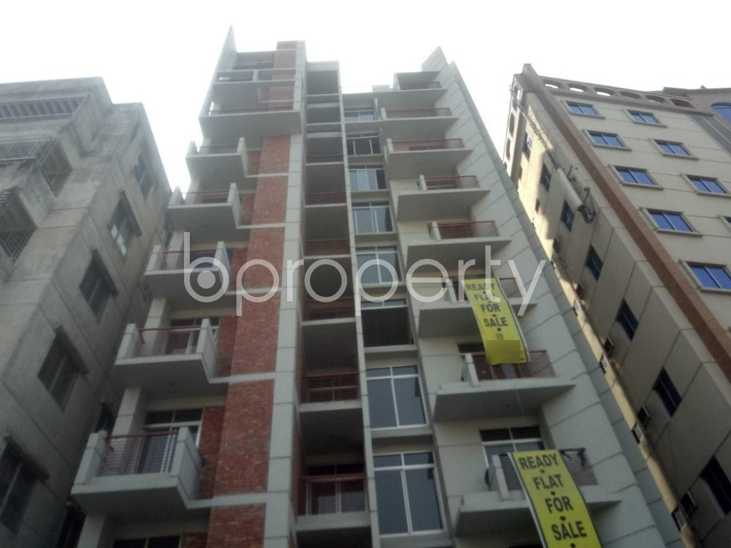 Outside view - 4 Bed Apartment for Sale in Baridhara, Dhaka - 1994496