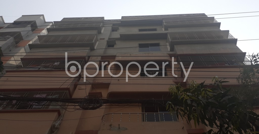 Front view - 3 Bed Apartment to Rent in Bashundhara R-A, Dhaka - 1994024