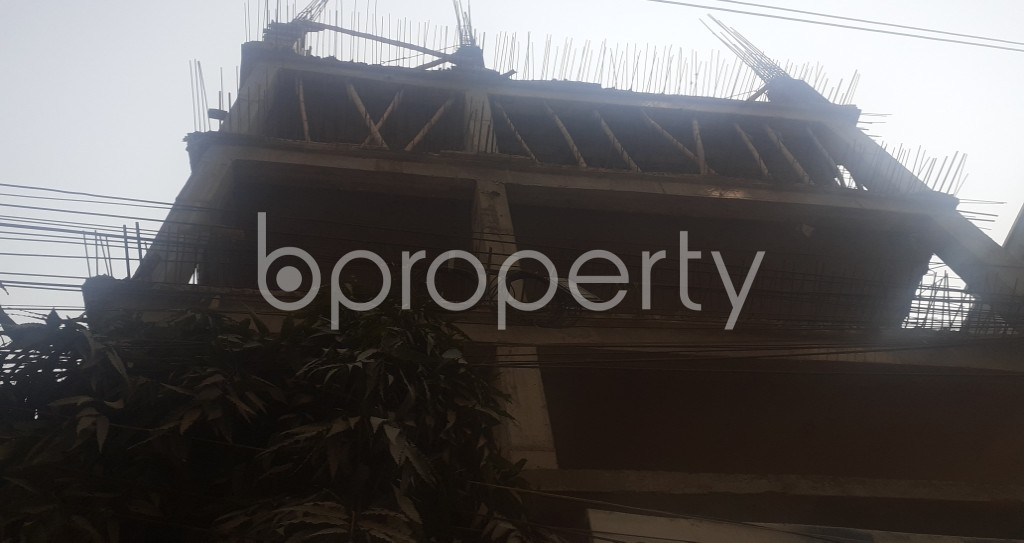 Front view - 4 Bed Apartment for Sale in Mohammadpur, Dhaka - 1994635