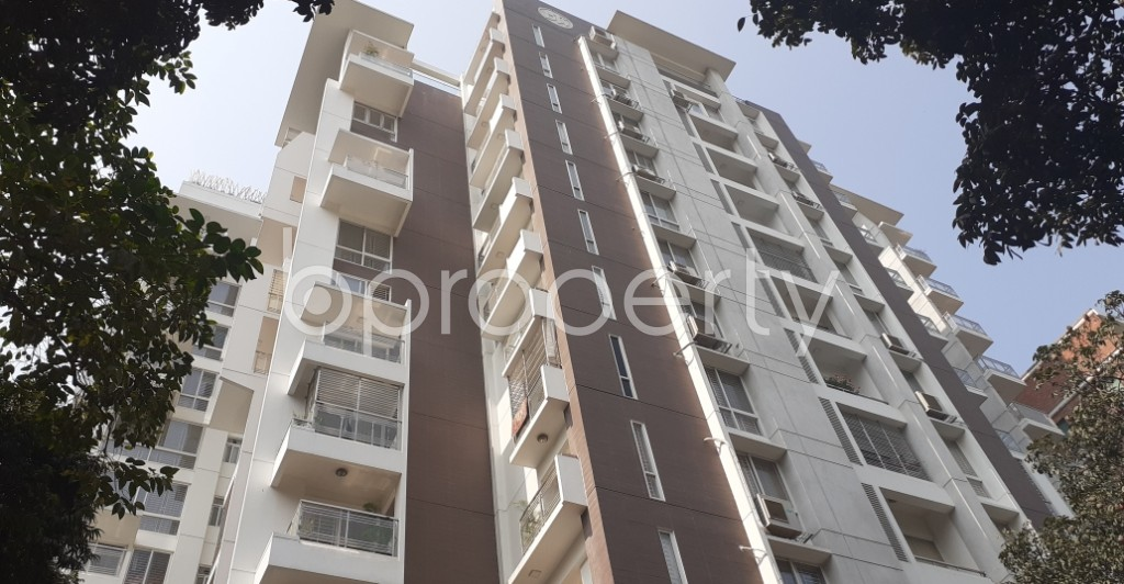 Front view - 3 Bed Apartment for Sale in Gulshan, Dhaka - 1994725