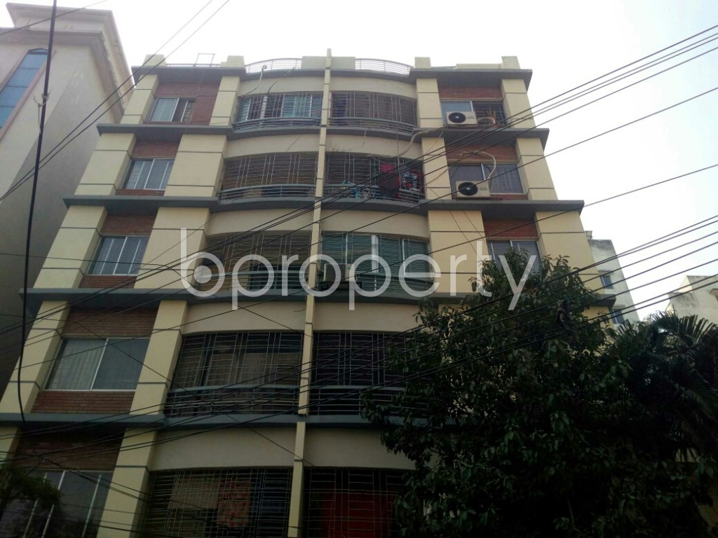 Outside view - 3 Bed Apartment to Rent in Banani, Dhaka - 1994752
