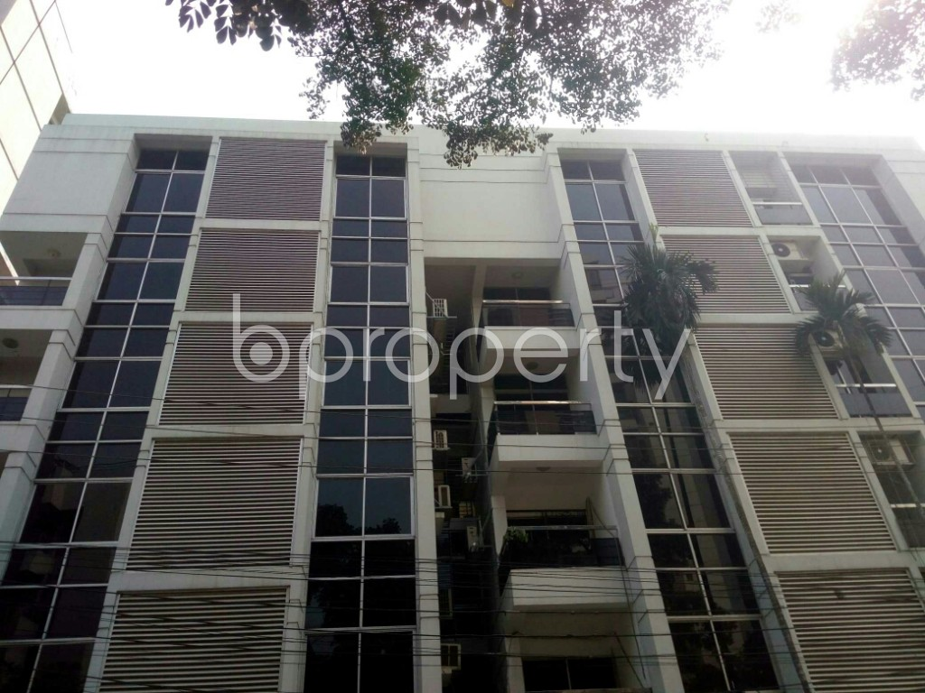 Outside view - 3 Bed Apartment to Rent in Banani, Dhaka - 1994755