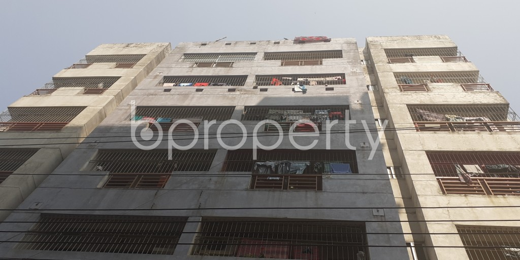 Front view - 3 Bed Apartment to Rent in Bashundhara R-A, Dhaka - 1994816