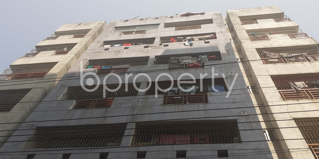 Front view - 3 Bed Apartment to Rent in Bashundhara R-A, Dhaka - 1994817