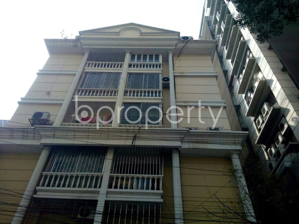 Outside view - 3 Bed Apartment to Rent in Banani, Dhaka - 1994828