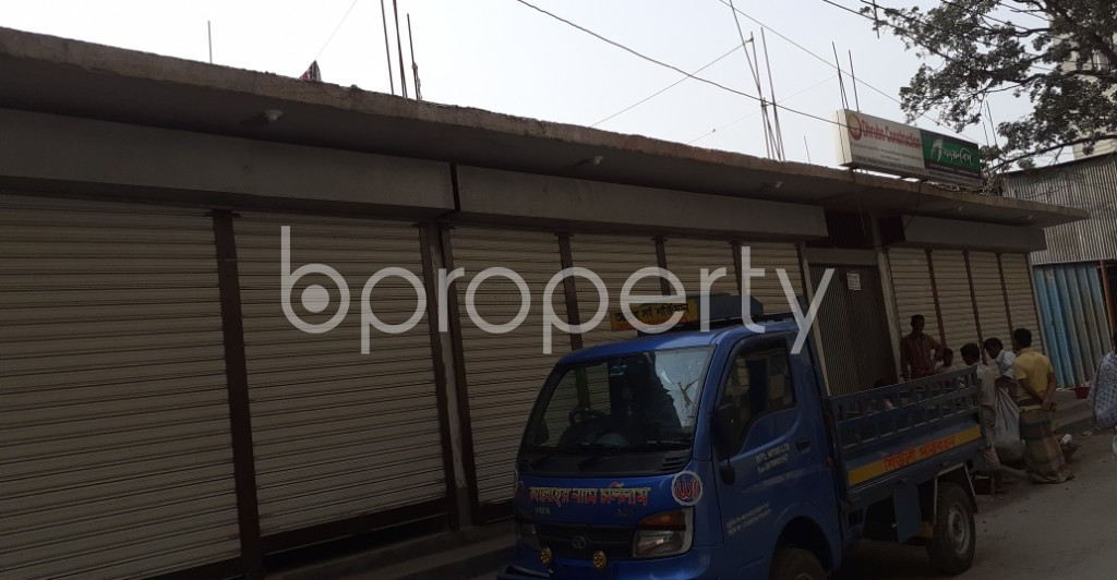 Front view - Shop to Rent in Khilgaon, Dhaka - 1994835
