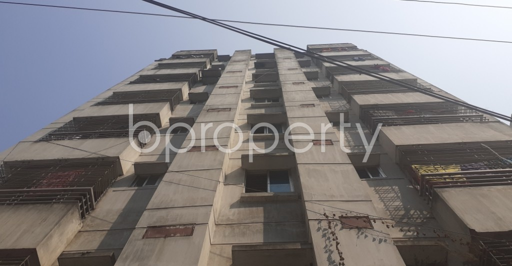 Front view - 3 Bed Apartment to Rent in Bashundhara R-A, Dhaka - 1994955