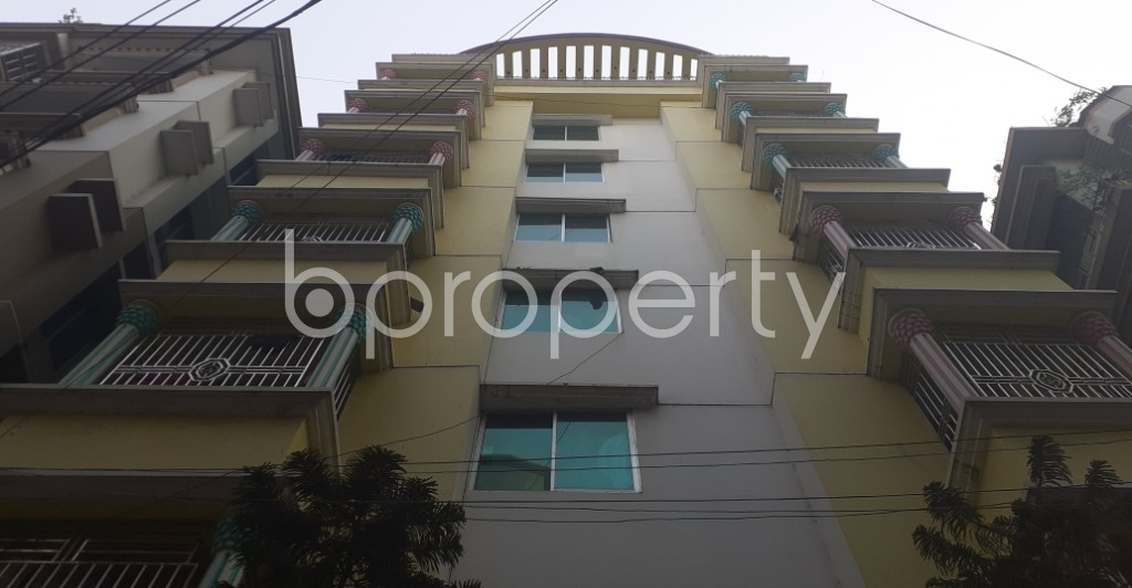 Front view - Shop to Rent in Banasree, Dhaka - 1995005