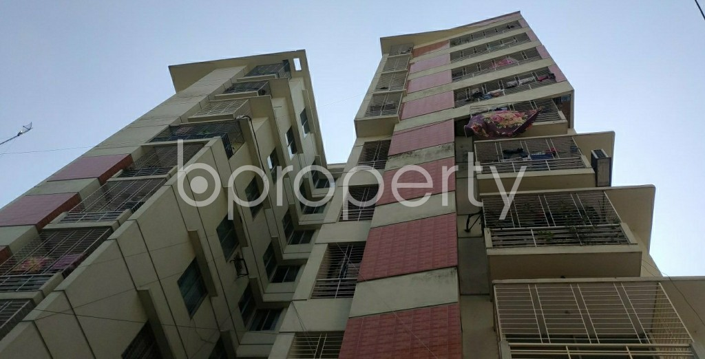 Front view - 3 Bed Apartment to Rent in Dhanmondi, Dhaka - 1995166
