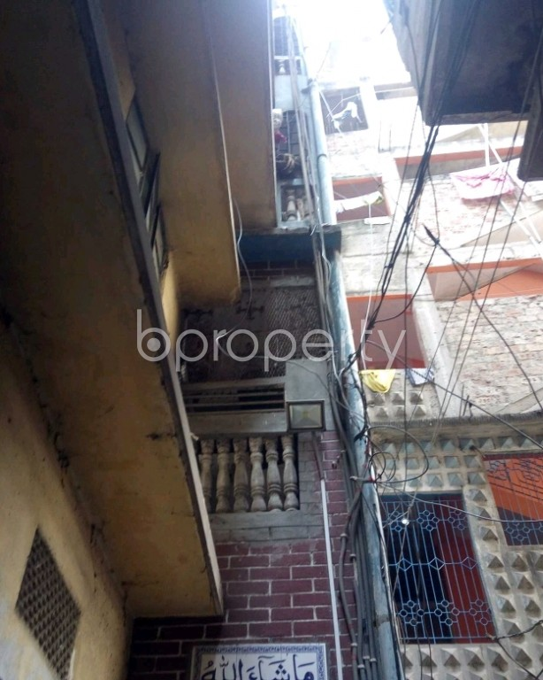 Front view - 3 Bed Apartment for Sale in Lalbagh, Dhaka - 1995201