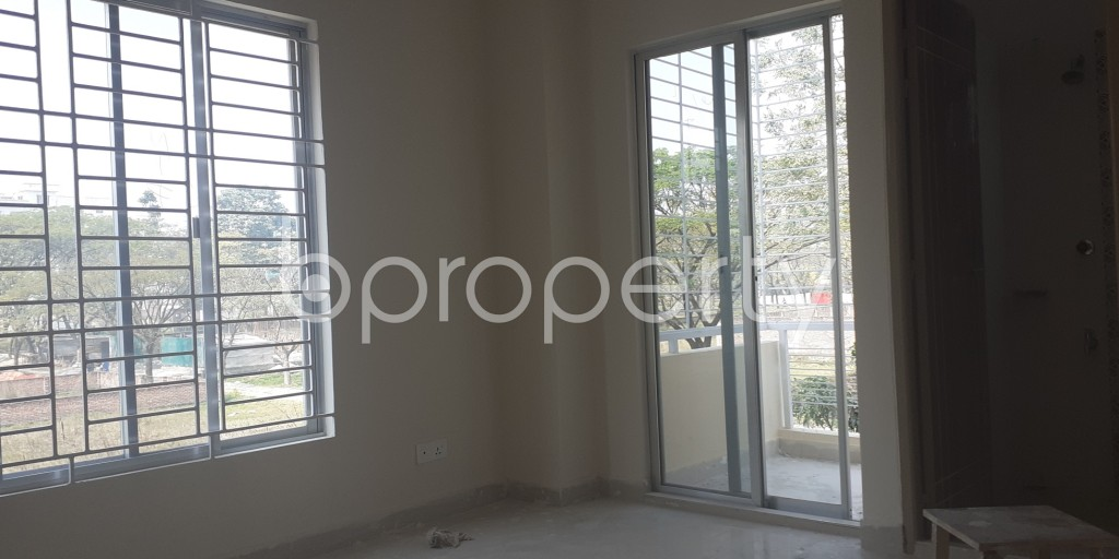Bedroom - 3 Bed Apartment for Sale in Bashundhara R-A, Dhaka - 1995257