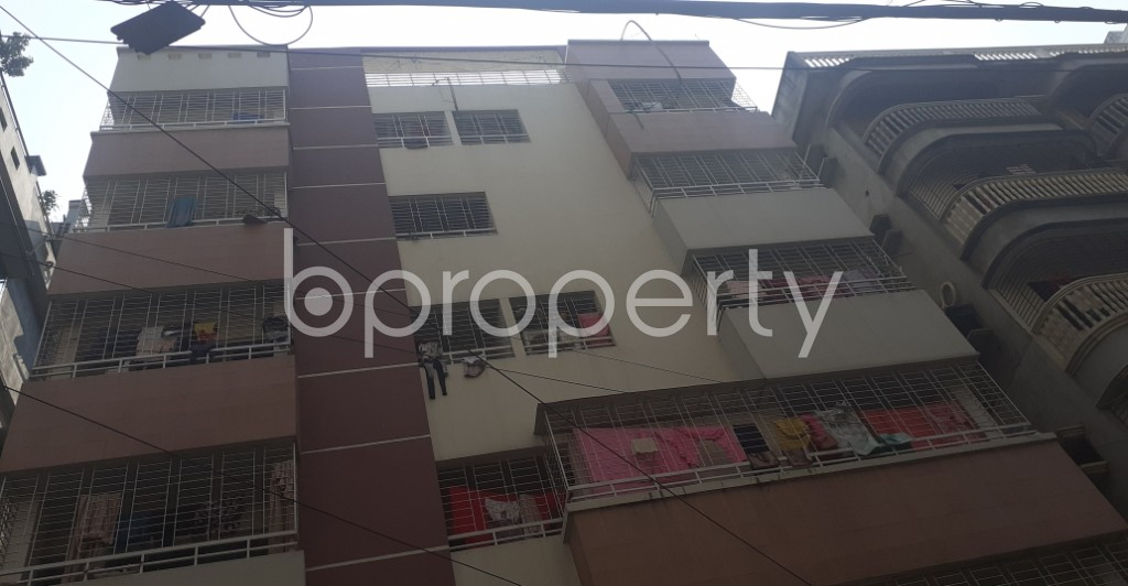 Front view - 3 Bed Apartment to Rent in Bashundhara R-A, Dhaka - 1995278