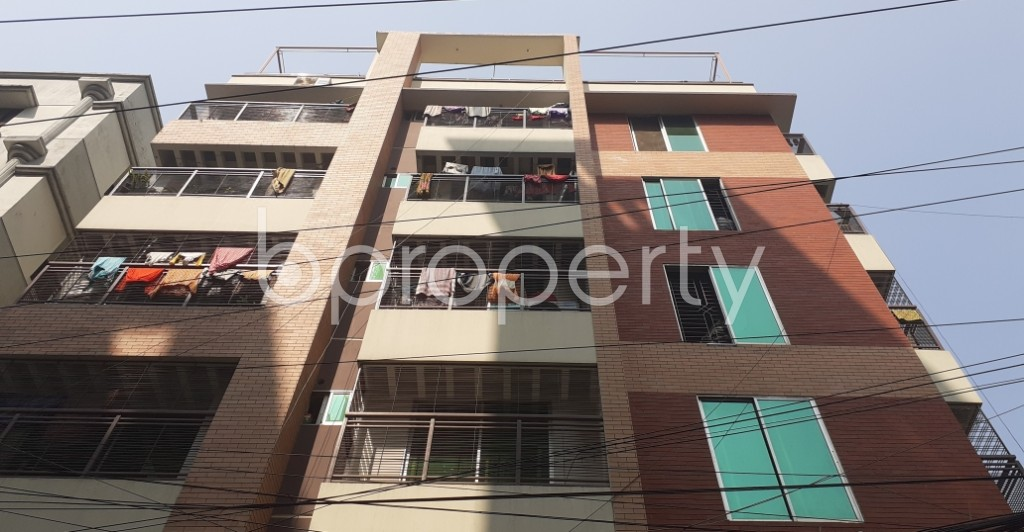 Front view - 3 Bed Apartment to Rent in Bashundhara R-A, Dhaka - 1995310